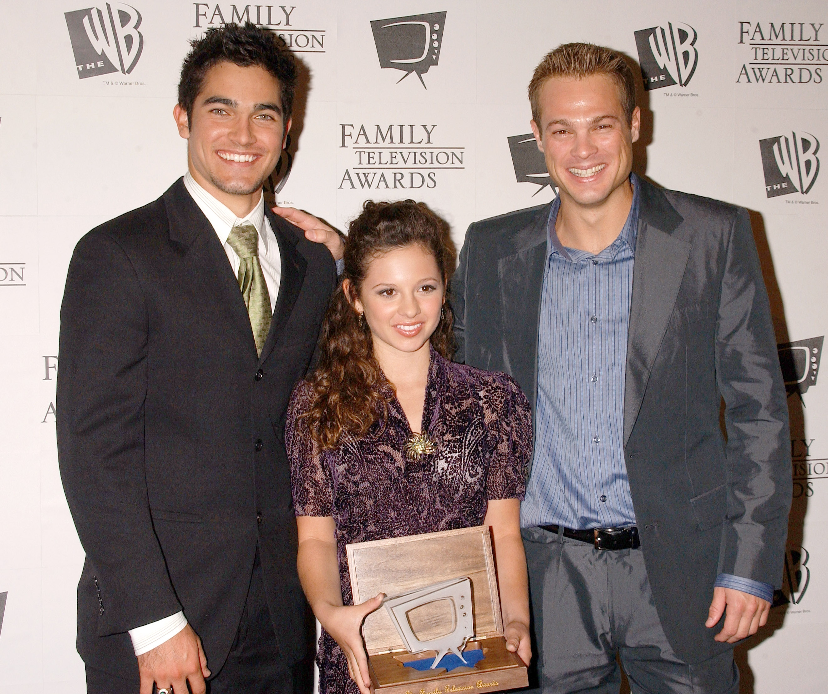 Photos de Mackenzie Rosman - 7th Annual Family Television Awards - 46