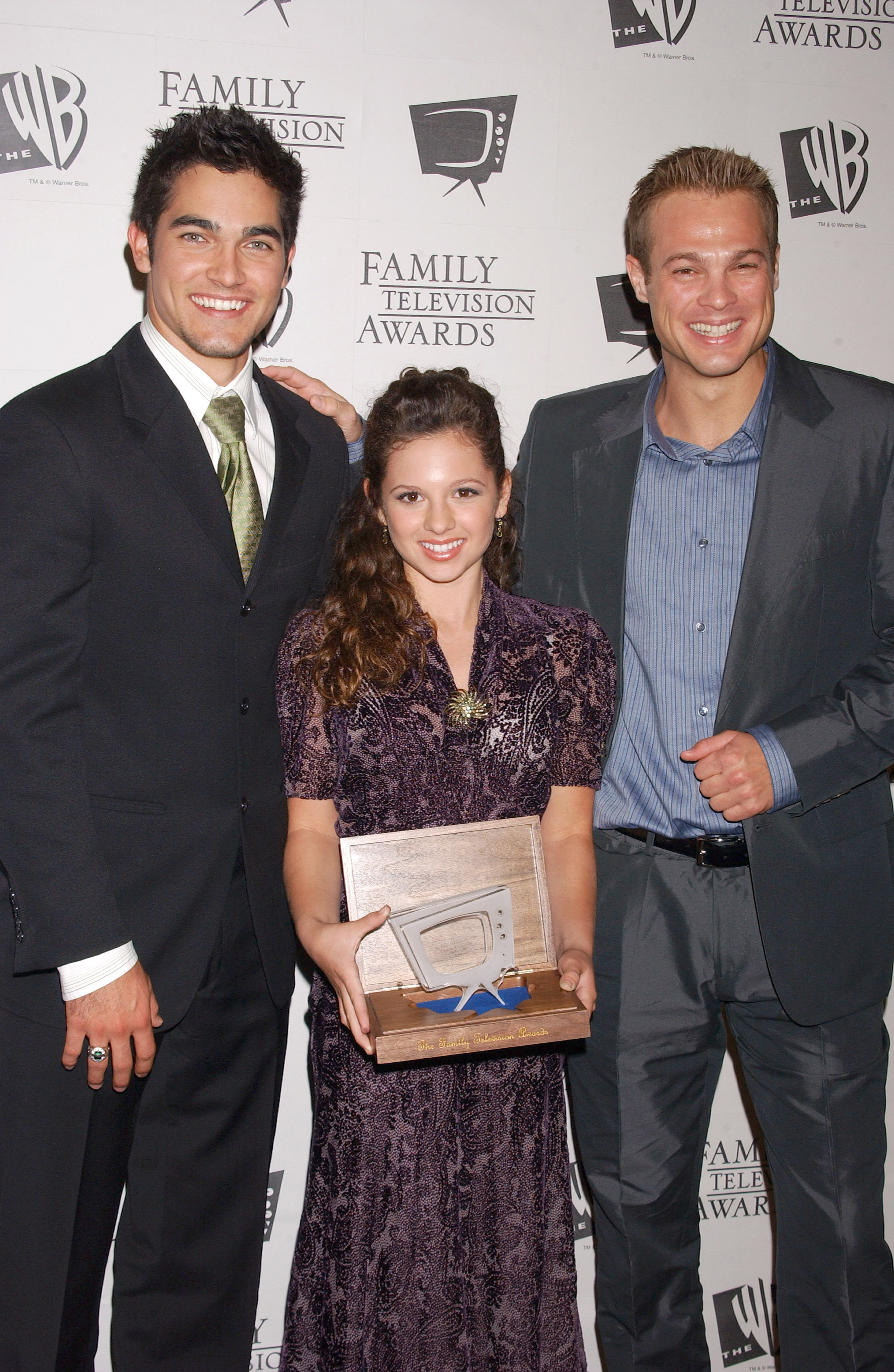Photos de Mackenzie Rosman - 7th Annual Family Television Awards - 18