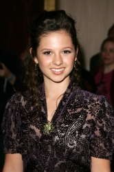 Photos de Mackenzie Rosman - 7th Annual Family Television Awards - 11