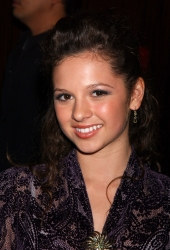 Photos de Mackenzie Rosman - 7th Annual Family Television Awards - 23