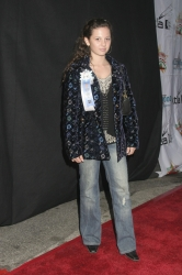 Photos de Mackenzie Rosman - Hollywood Christmas Parade 11.27.2005 - 5