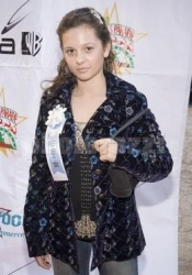 Photos de Mackenzie Rosman - Hollywood Christmas Parade 11.27.2005 - 10
