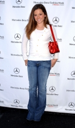 Photos de Mackenzie Rosman - Mercedez Benz Fall LA Fashion Week - 1