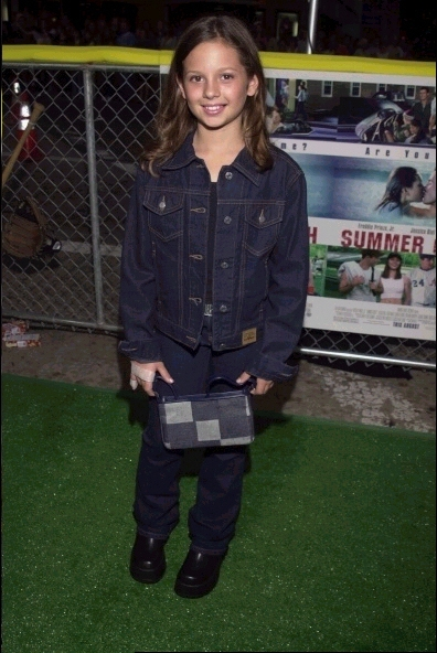 Photos de Mackenzie Rosman - Summer Catch Premiere 08.22.2001 - 1