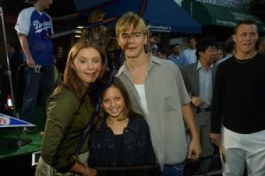 Photos de Mackenzie Rosman - Summer Catch Premiere 08.22.2001 - 11