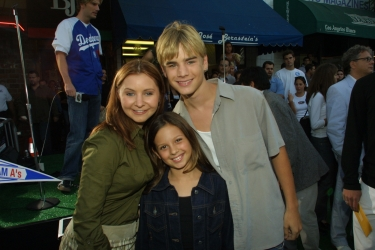 Photos de Mackenzie Rosman - Summer Catch Premiere 08.22.2001 - 9