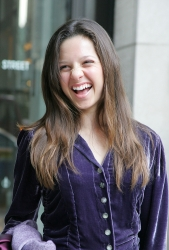 Photos de Mackenzie Rosman - Teen Peoples 20 Teens Who Will Change the World Awards Luncheon - 40