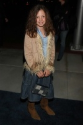 Photos de Mackenzie Rosman - The Future Event 01.30.2003 - 2